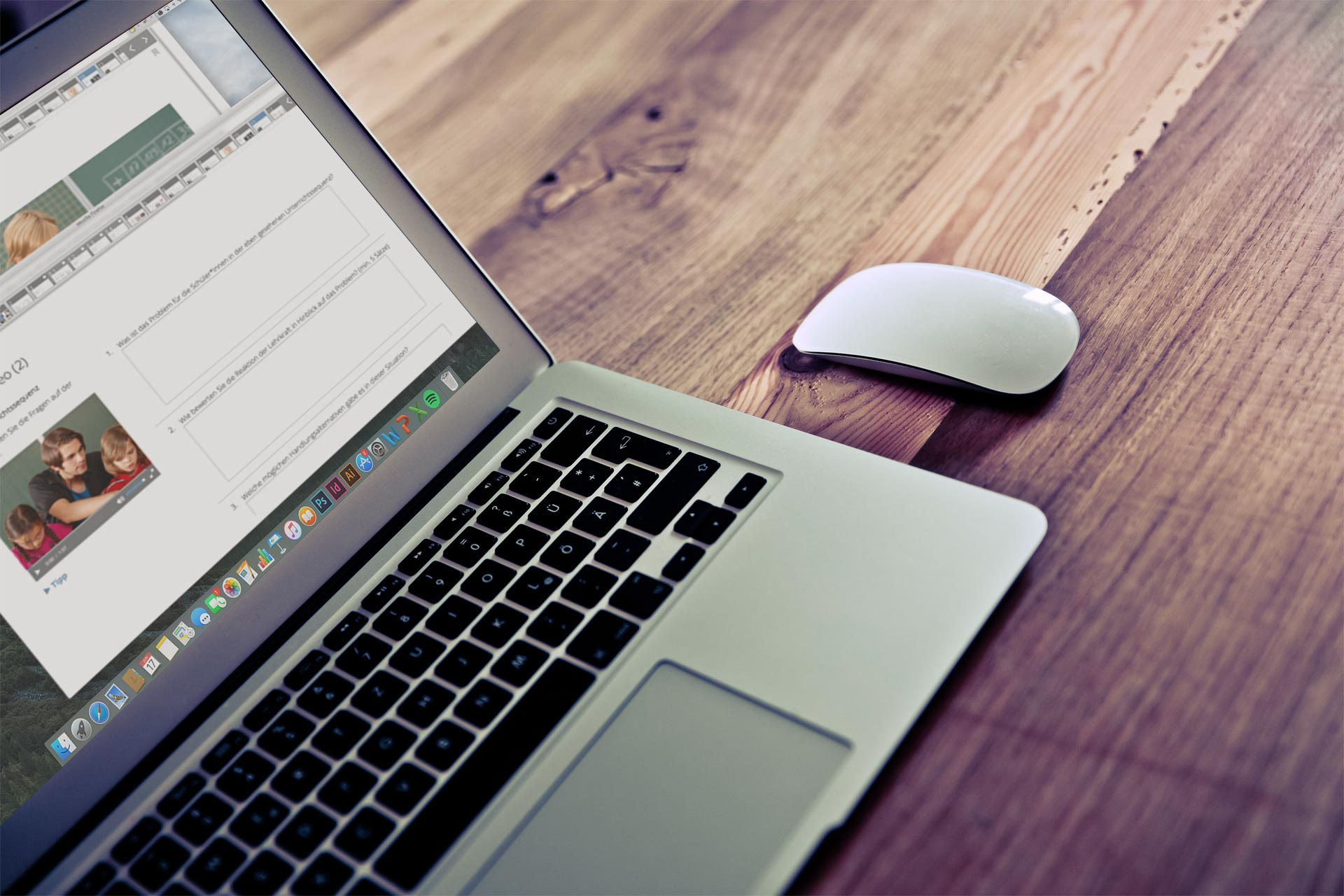Laptop mit geöffnetem VIGOR Kurs